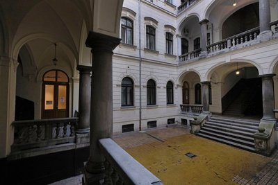 Interior courtyard Hi5 Apartments Budapest, Hungary