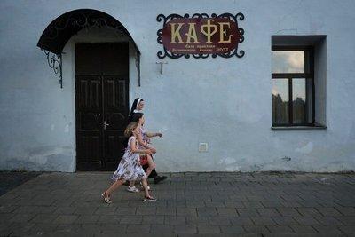 Cafe near Lutsk Castle
