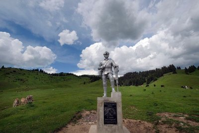 Statue commemorating miners at the entrance of the Jyrgalan Valley