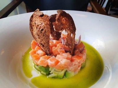 Salmon Tartare at Oyster Bar