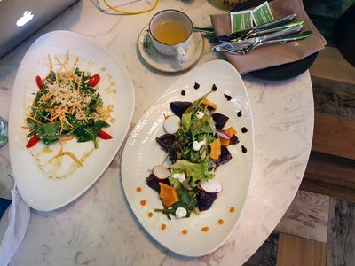 Gourmet salads at Skyberry Cafe