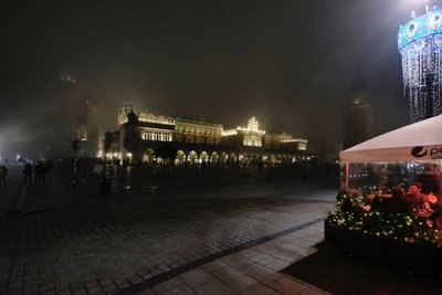 Rynek Glowny, Europe's largest medieval town square, Krakow