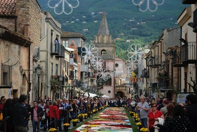 Flower carpet, Castelbuono