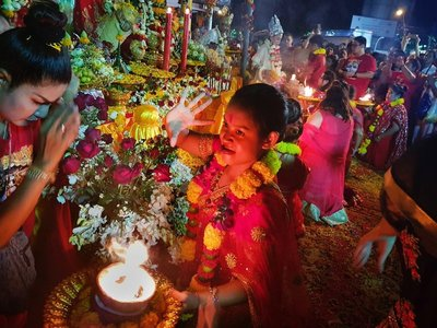 hindu_festival_bagkok.jpg