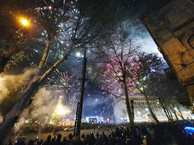 New Year's Eve fireworks and live show on Rustaveli Avenue