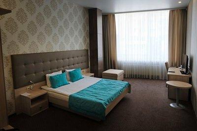 Hotel Versailles, Lutsk