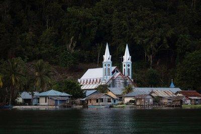 On the way to Pianemo island, Raja Ampat