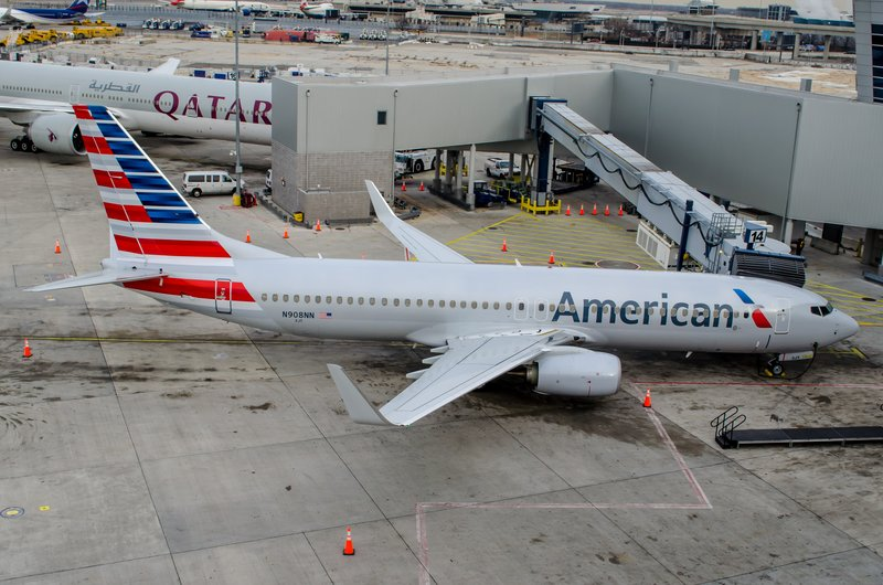 American Airlines plane