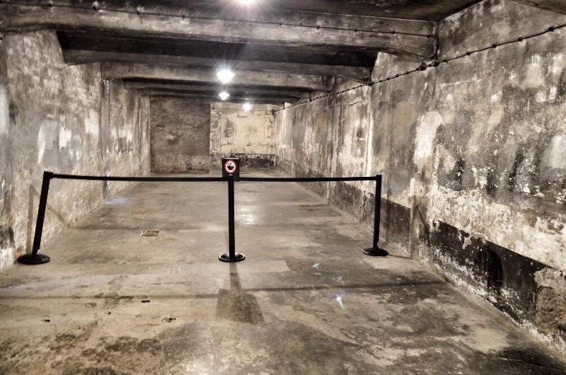 Gas chamber.