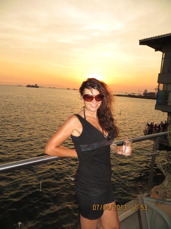 Sue Halo Sunset Manila