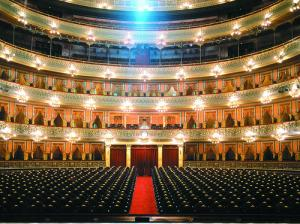colon-theater-buenos-aires-argentina