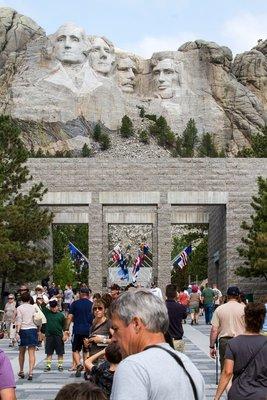 Mt Rushmore Crowds