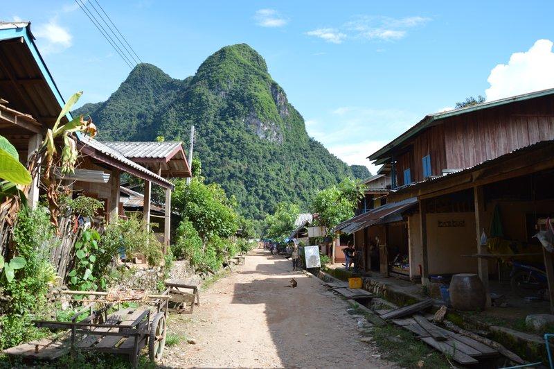 Laos & Thailand 395