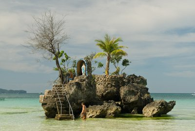 Willy's rock on white beach