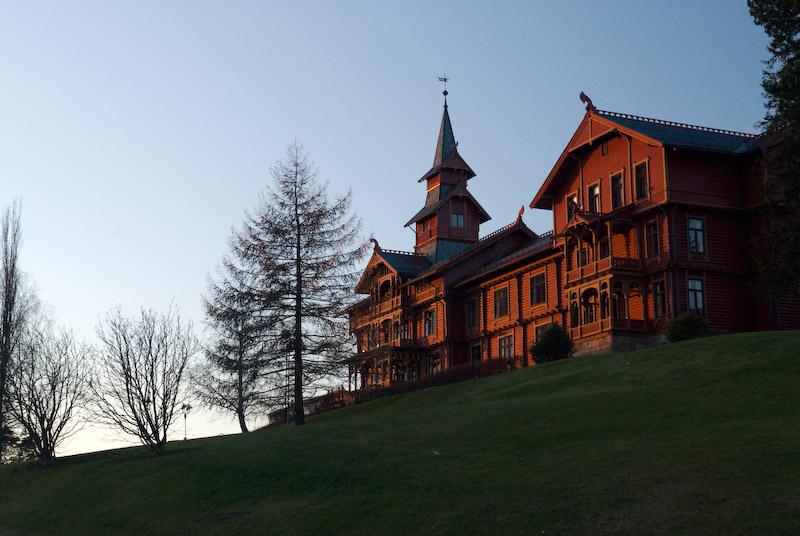 A beautiful hotel near Holmenkollen