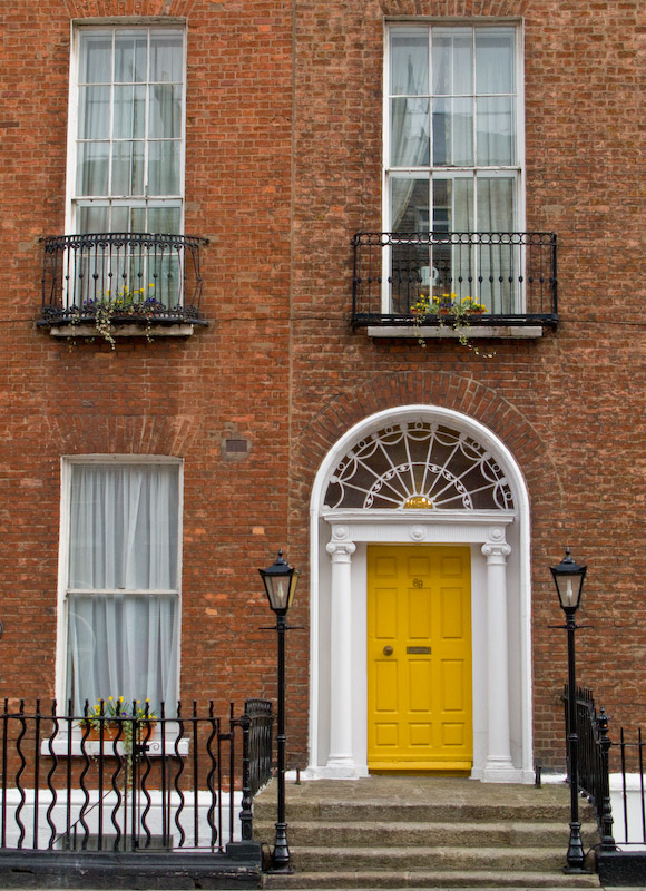 One house with a yellow door
