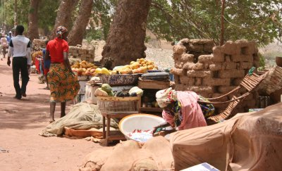 fruit stalls in Mopti