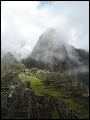 Machu_Picchu.jpg