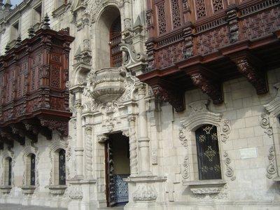 Palace_-_Lima.jpg