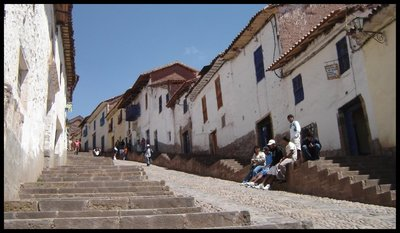 Streets_of_Cuzco.jpg