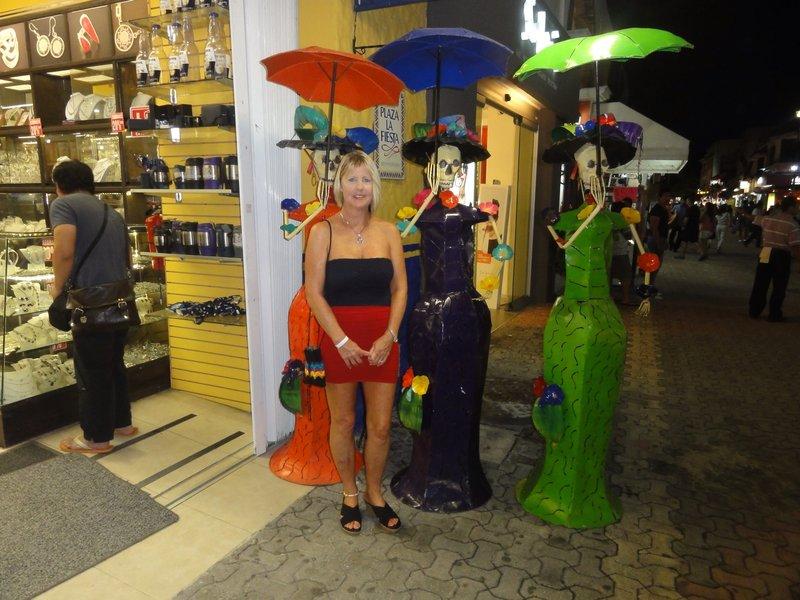 Posing on 5th Avenue in Playa del Carmen