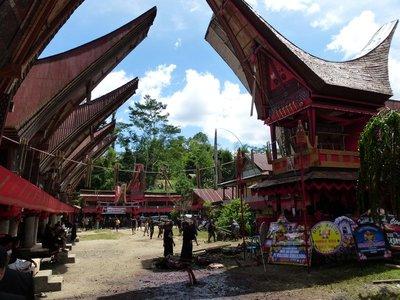 Tana Toraja funeral