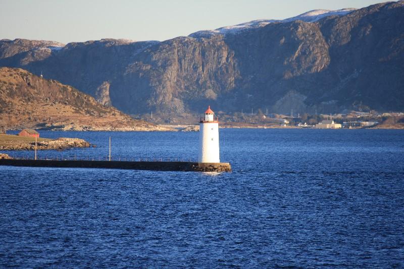cruising Norway Hurtigruten style