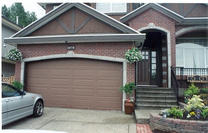 Garage Doors 07