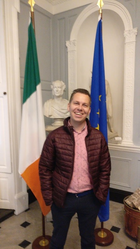 large_Ireland_EU.jpg