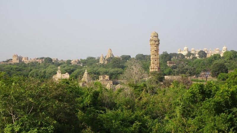 Les temples de Chittorgarh et la tour de la victoire