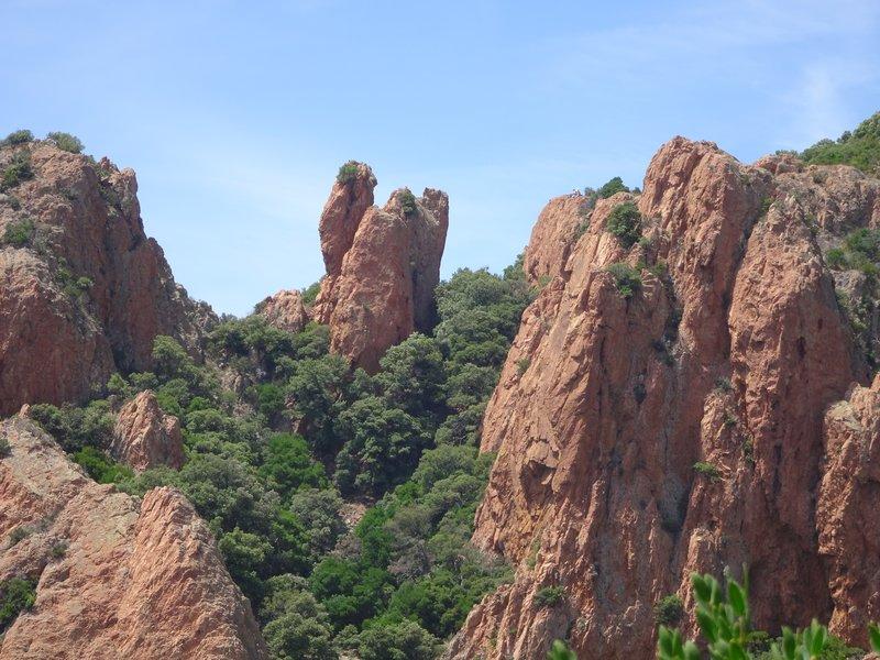 Les rochers du Cap Roux
