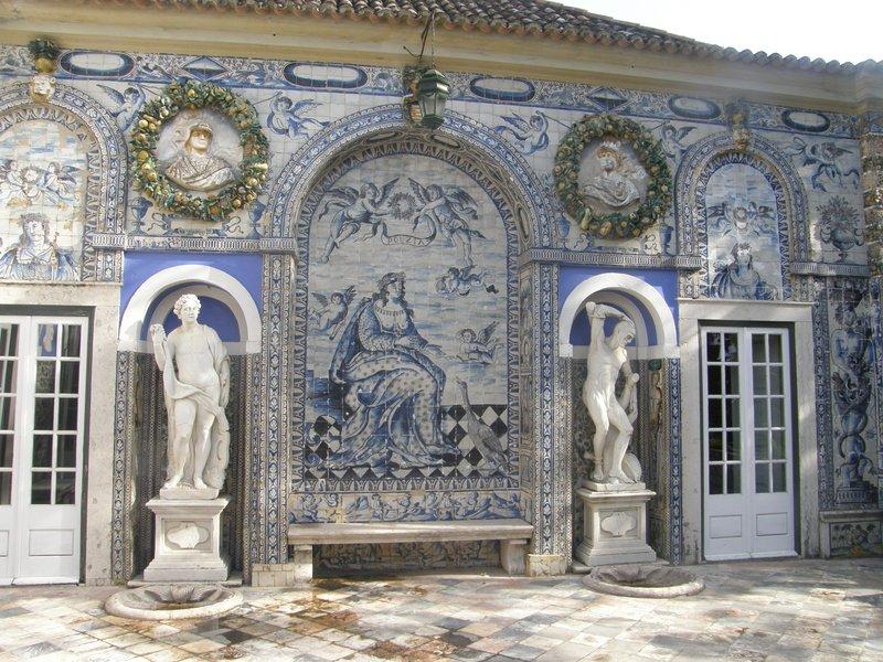 Azulejos au palais Fronteira
