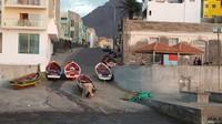 Soir sur le port de Ponta do Sol