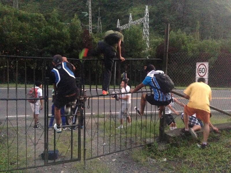 Soccer jumping gate