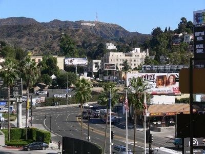 Hollywood_sign_N_Highland_Avenue
