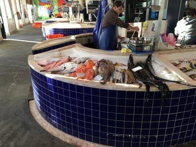 0803_sat_fish_market5.jpg