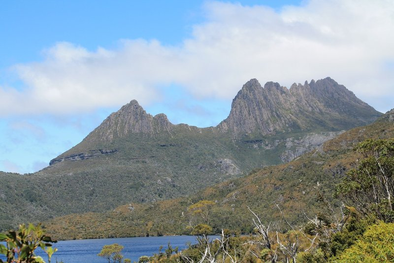 Cradle mountain - wow look its sunny!