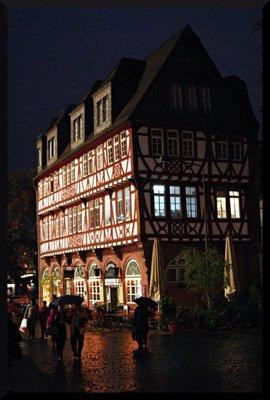 frankfurt_building.jpg