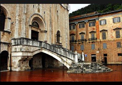gubbio_palazzo.jpg