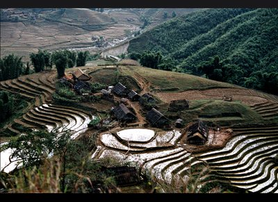 sapa_hill_village.jpg