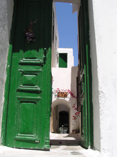 Behind the Door, Mykonos