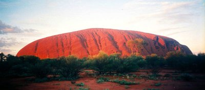 uluru_for_travelpoint.jpg