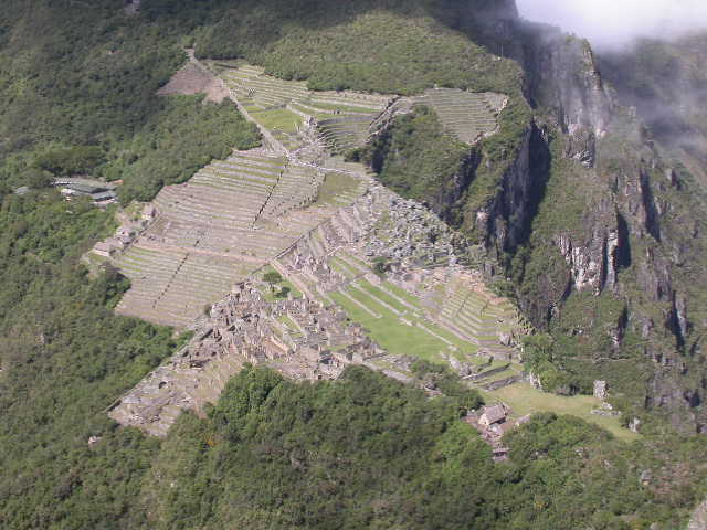 Machu_Pichu_from Wayna Pichu 1