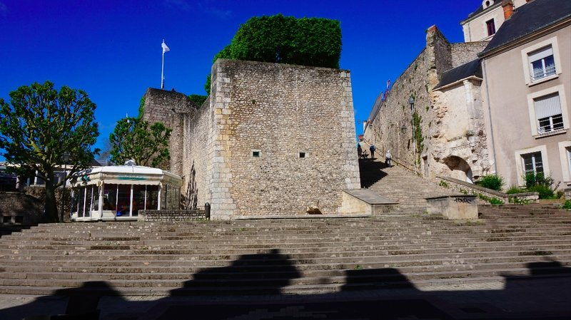 Day 5 - Tuesday 5th May - Orleans to Blois to Amboise to Tours to Chenonceau to Villandry