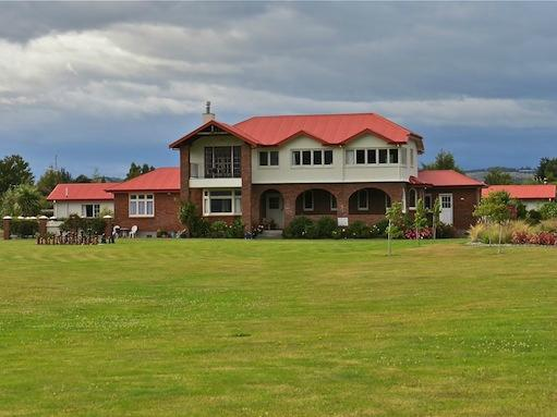2014-11-19 Te-Anau Lodge Te Anau