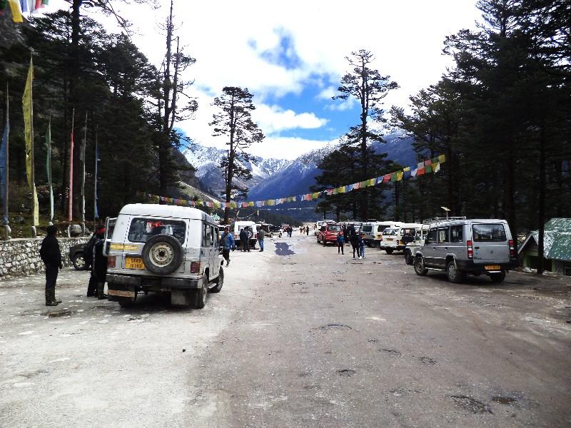 Yumthang Valley Road