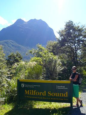 Milford_sound_sign.jpg
