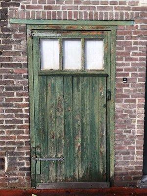 Door, Achelse Kluis