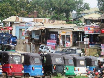 Tuk tuks and shops, Dar es Salaam