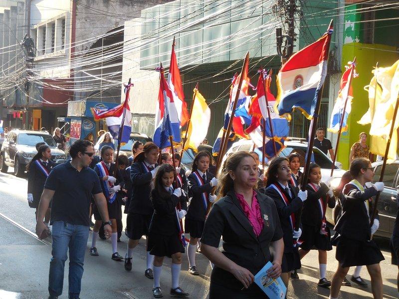 large_Asuncion_parade__3_.jpg